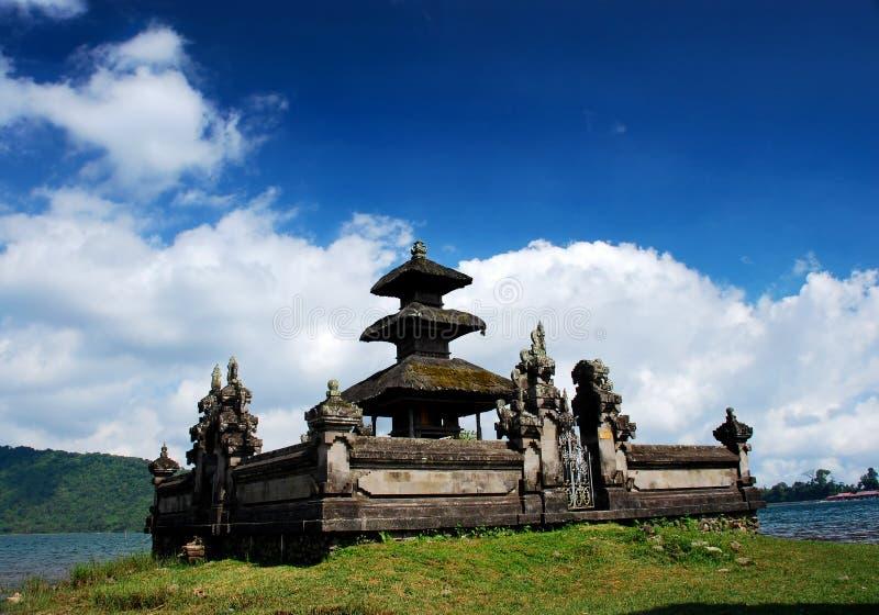 Templo de Ulun Danu foto de archivo