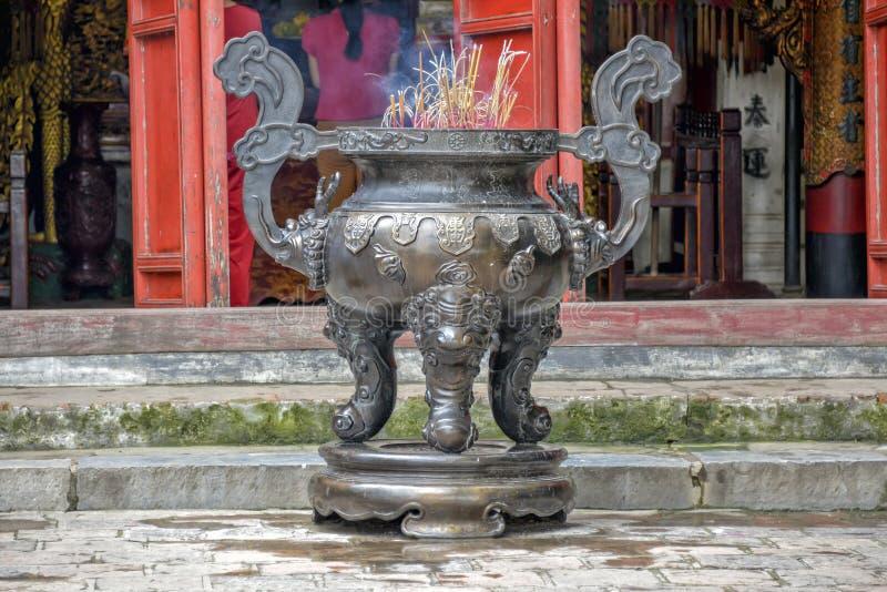 Templo de Vietnam - de Hanoi imagenes de archivo