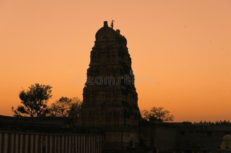 Templo de Virupaksha de la puesta del sol, la India fotografía de archivo libre de regalías