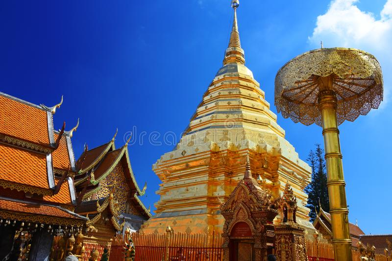 Templo de Wat Phra That Doi Suthep em Chiang Mai Province, Tailândia foto de stock