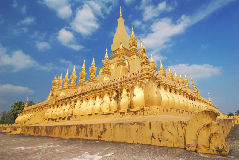 Templo de Wat Phra That Luang Buddhist en Vientián, Laos foto de archivo libre de regalías