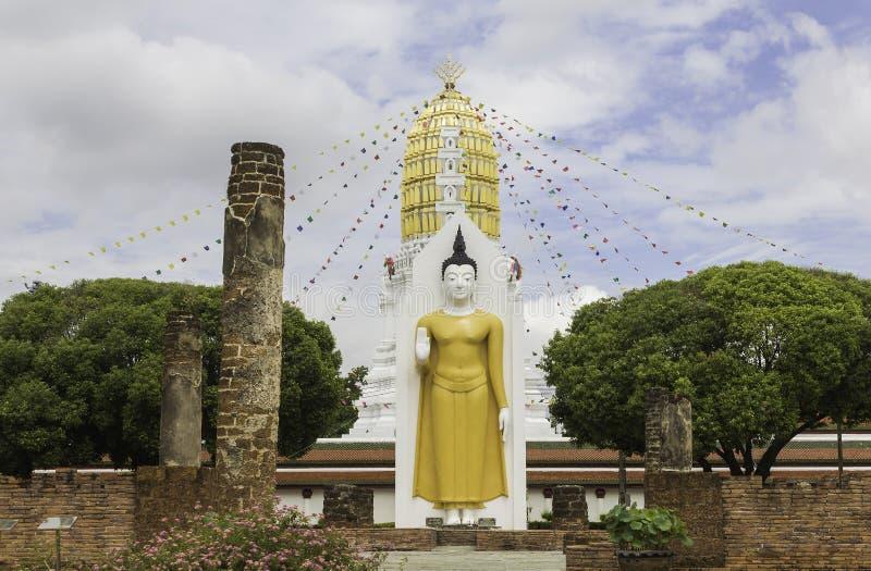 Templo de Wat Phra Sri Rattana Mahathat, Phitsanulok, Tailândia imagens de stock