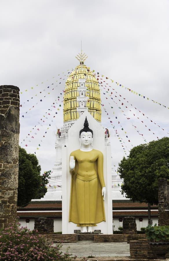 Download Templo De Wat Phra Sri Rattana Mahathat, Phitsanulok, Tailandia Imagen de archivo - Imagen de tailandés, religioso: 41900351