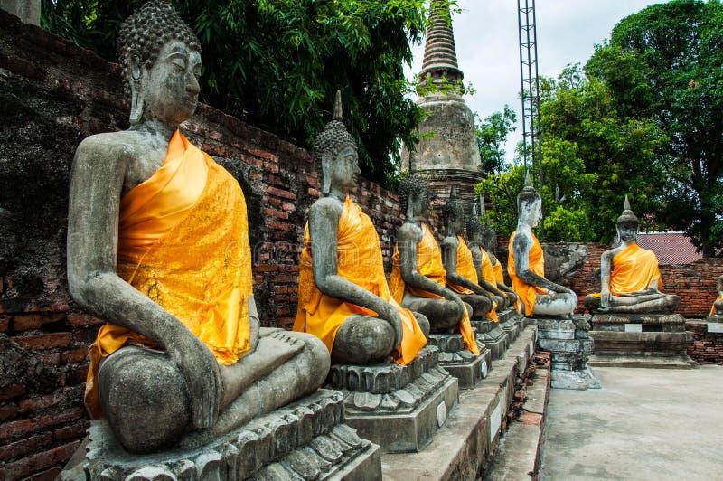 Templo de Wat Yai Chai Mongkol imagem de stock