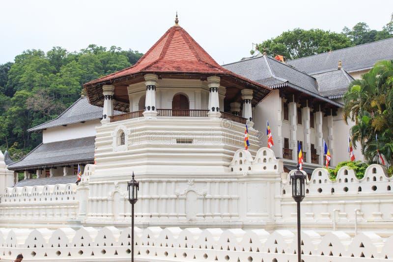 Templo del diente y Royal Palace - el Kandy, Sri Lanka imagenes de archivo