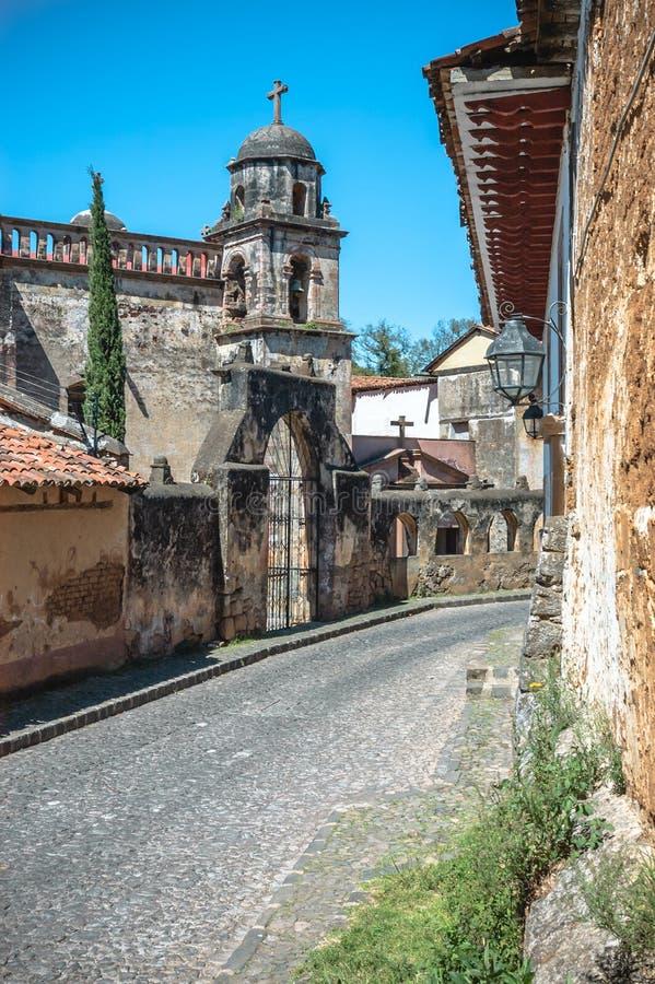 Templo del Sagrario在Patzcuaro,米却肯州,墨西哥 免版税库存照片
