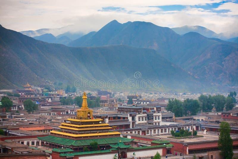 Templo del tibetano del lamasery de Labrang fotos de archivo