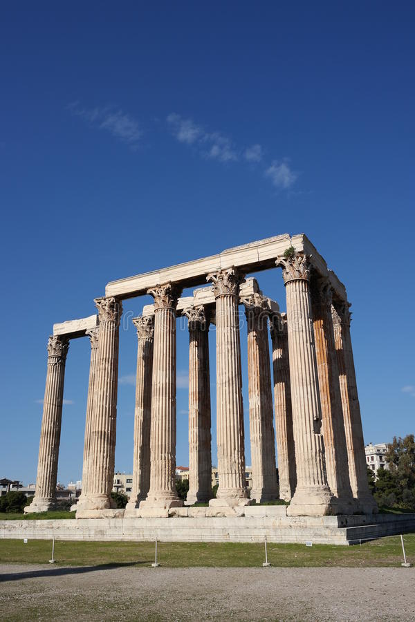 Templo del zeus olímpico, Atenas fotografía de archivo libre de regalías