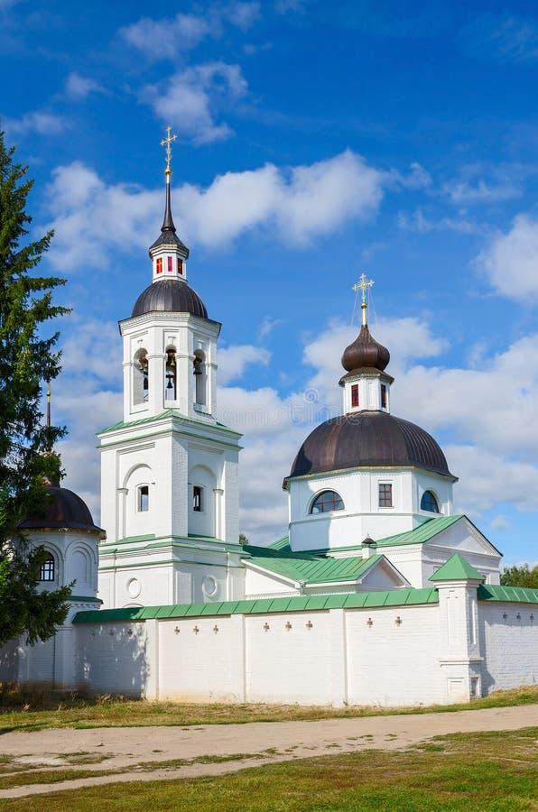Templo do arcanjo Michael na vila de Lazarevo perto de Murom fotografia de stock royalty free