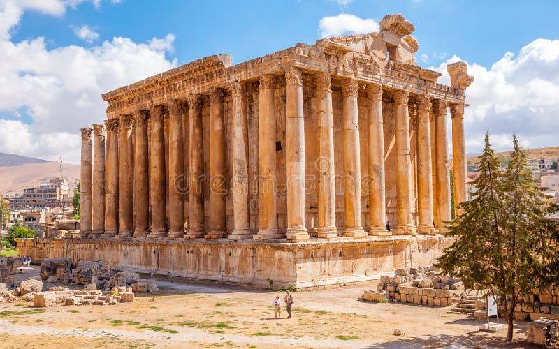 Templo do Bacchus em Baalbek, Líbano fotografia de stock