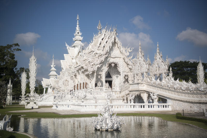 TEMPLO DO BRANCO DE TAILÂNDIA CHIANG RAI WAT RONG KHUN fotos de stock royalty free