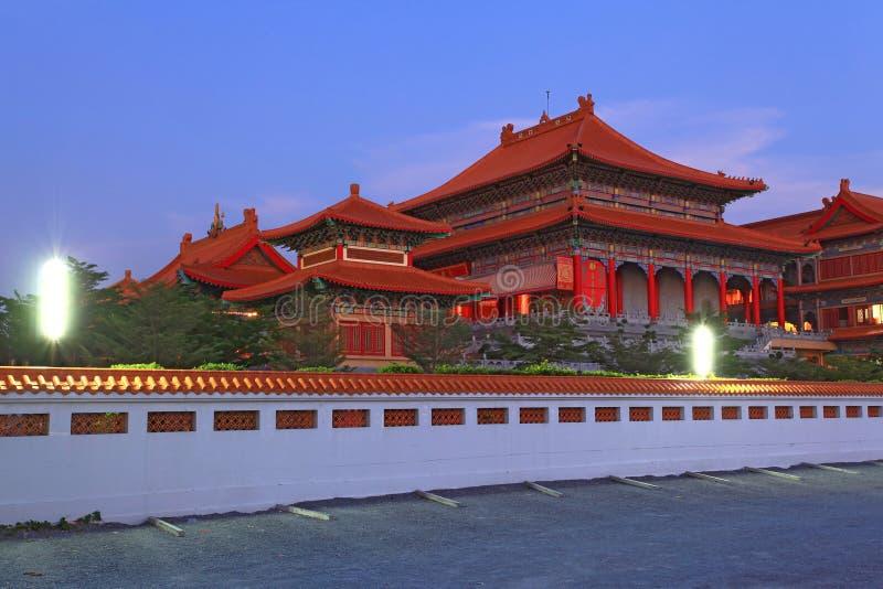 Templo do dragão em Banguecoque Tailândia foto de stock