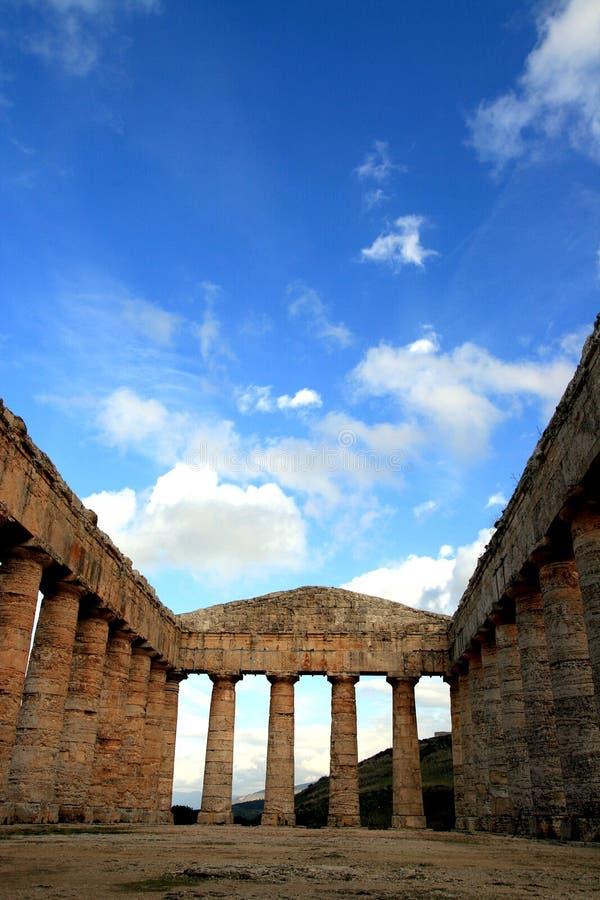 Templo do grego clássico de Segesta, Italy fotos de stock