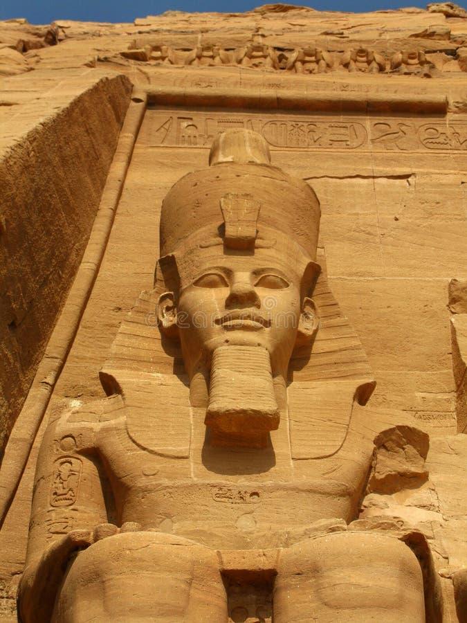 Templo do Pharaoh Ramses II em Abu Simbel, Egipto fotografia de stock