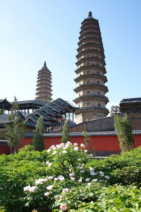 Templo doble de la pagoda fotografía de archivo libre de regalías