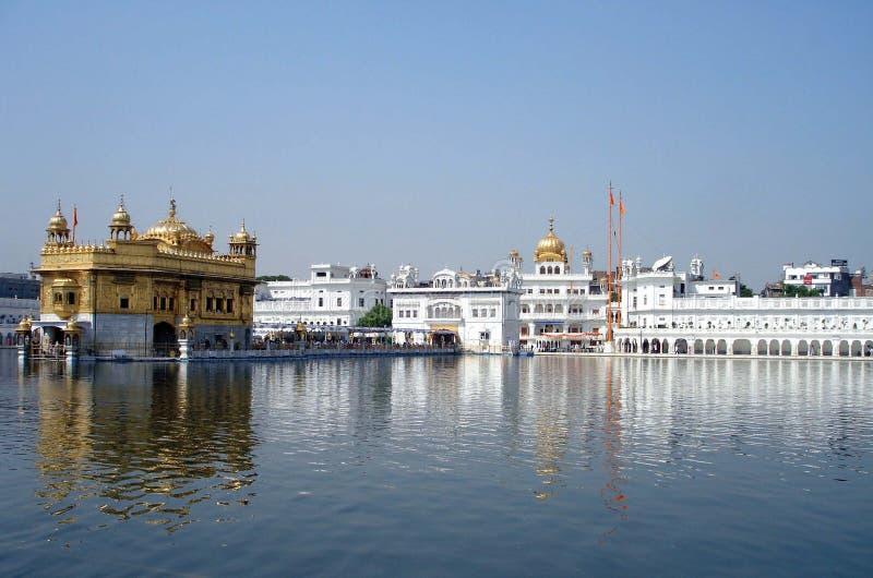 Templo dourado Amritsar imagens de stock royalty free
