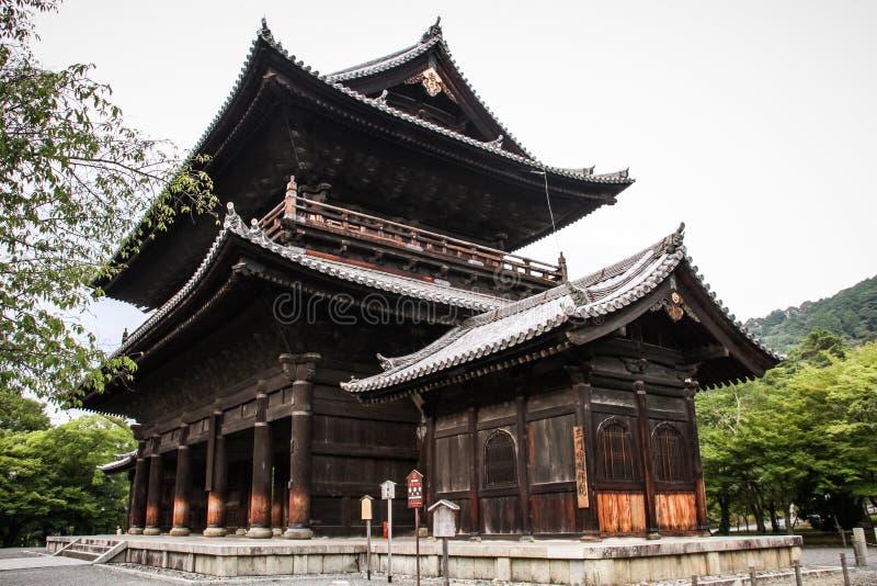 Templo durante um dia de verão quente, Kyoto de Nanzen-ji, Japão imagens de stock royalty free