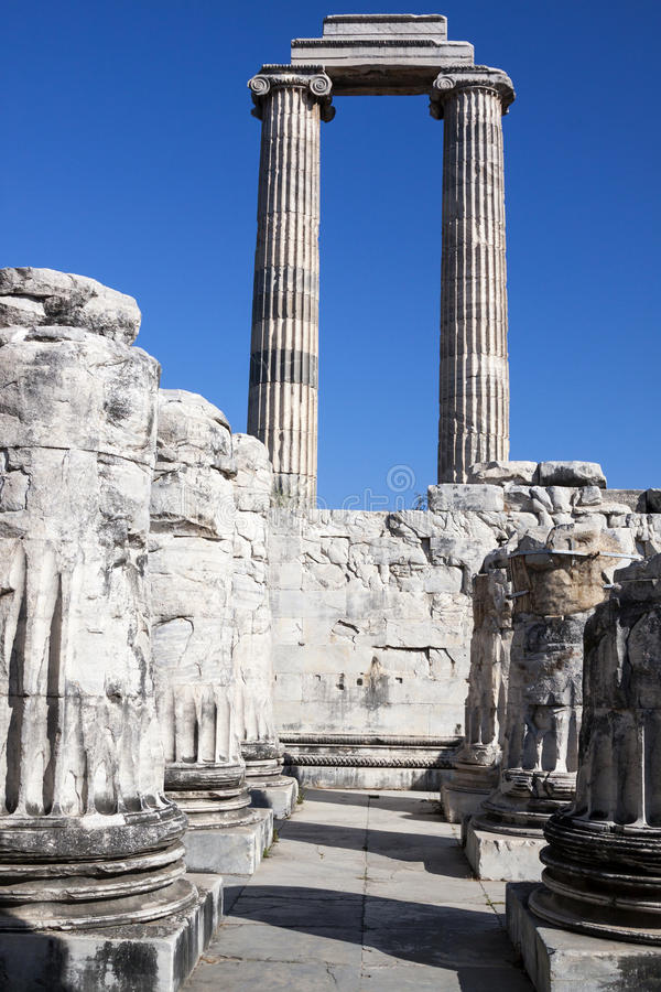 Templo e Oracle de Apollo em Didim imagem de stock royalty free