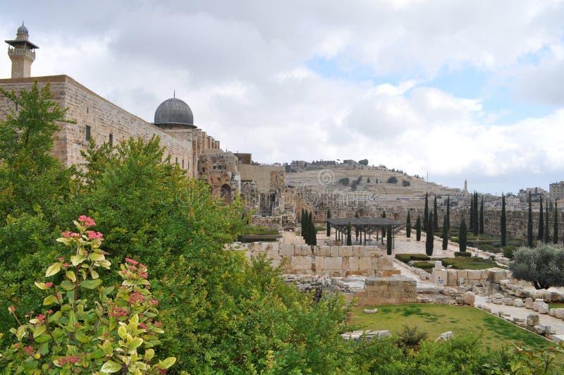 Templo e a parede lamentando de Solomon fotografia de stock