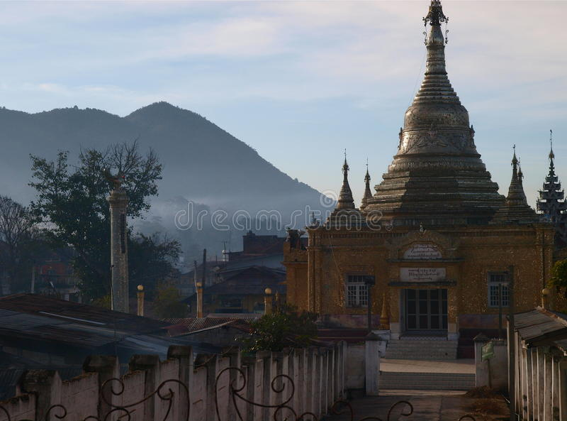 Templo em Kalaw imagens de stock royalty free