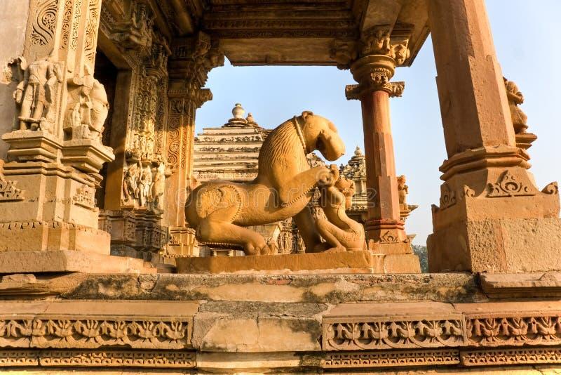 Templo em Khajuraho no por do sol. Madhya Pradesh, foto de stock royalty free