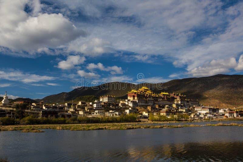 Templo em Tibet fotos de stock royalty free
