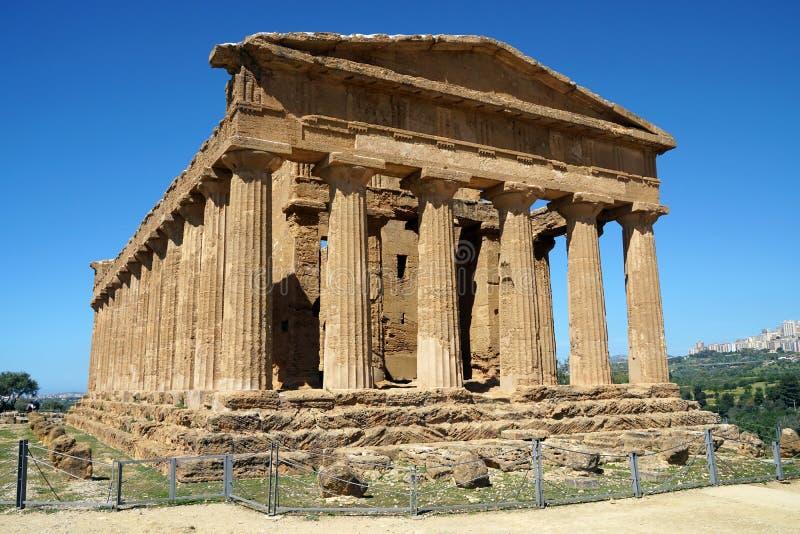 Templo en Agrigento, Sicilia imagenes de archivo