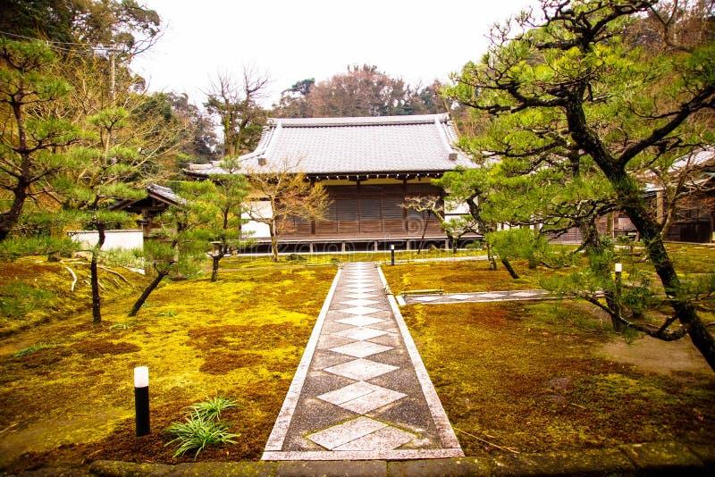 Templo en Kamakura, prefectura de Kanagawa imagen de archivo