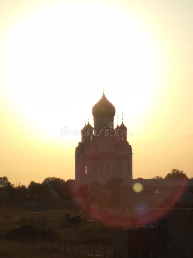 Templo en la puesta del sol foto de archivo libre de regalías