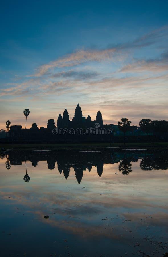 Templo en la salida del sol, Camboya de Angkor Wat imágenes de archivo libres de regalías