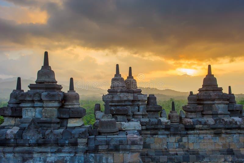 Templo en la salida del sol, Java, Indonesia de Borobudur imagen de archivo libre de regalías