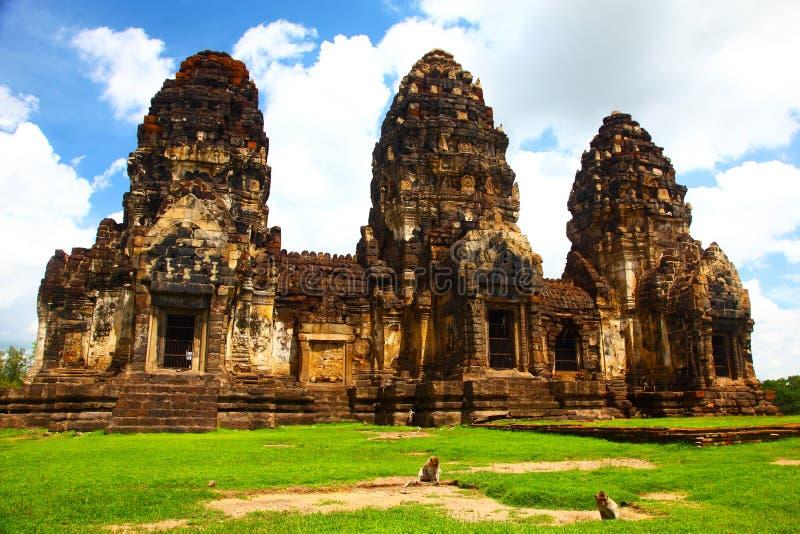 Templo en Lopburi, Tailandia de Wat Phra Prang Sam Yot imagen de archivo libre de regalías