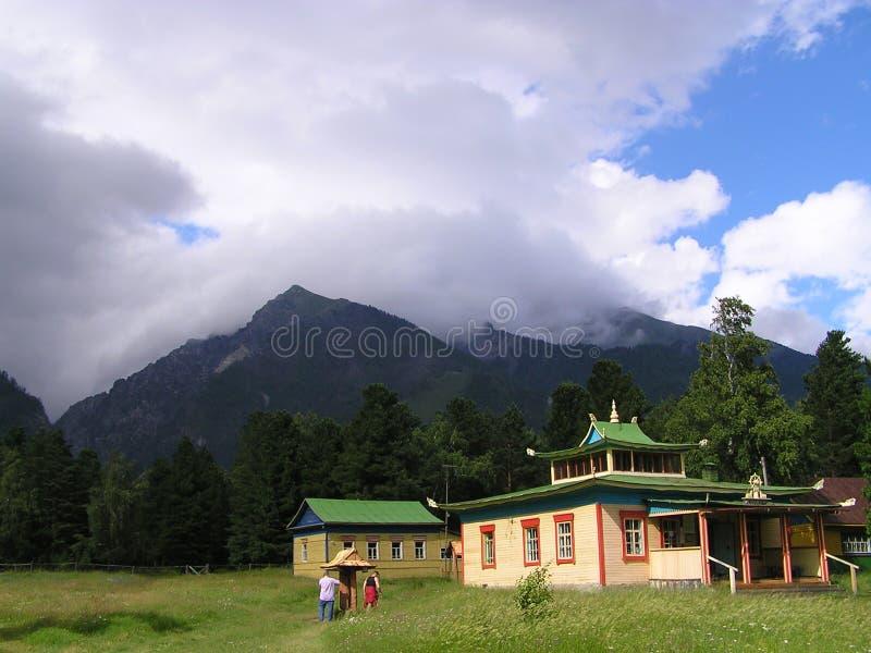 Templo en montaña imagen de archivo libre de regalías
