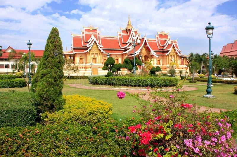 Templo en Pha que complejo de Luang, Vientián, Laos fotos de archivo