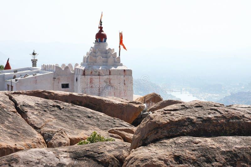 Templo encima del acantilado fotografía de archivo