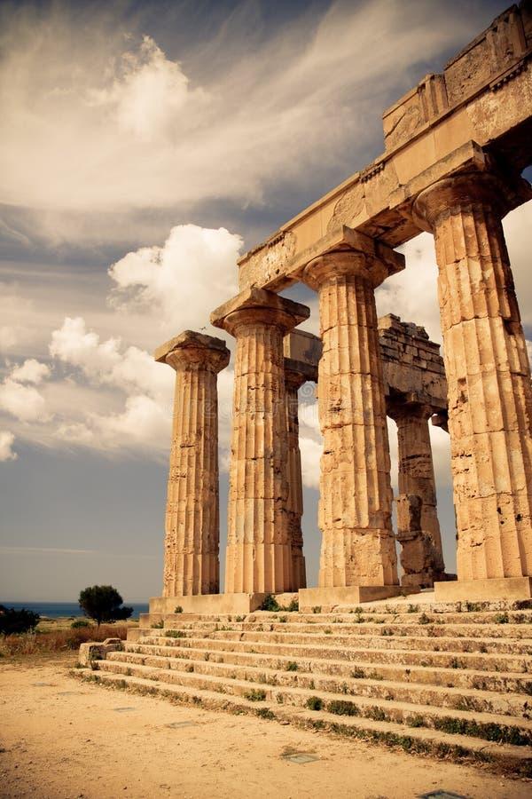 Templo griego en Selinunte foto de archivo libre de regalías