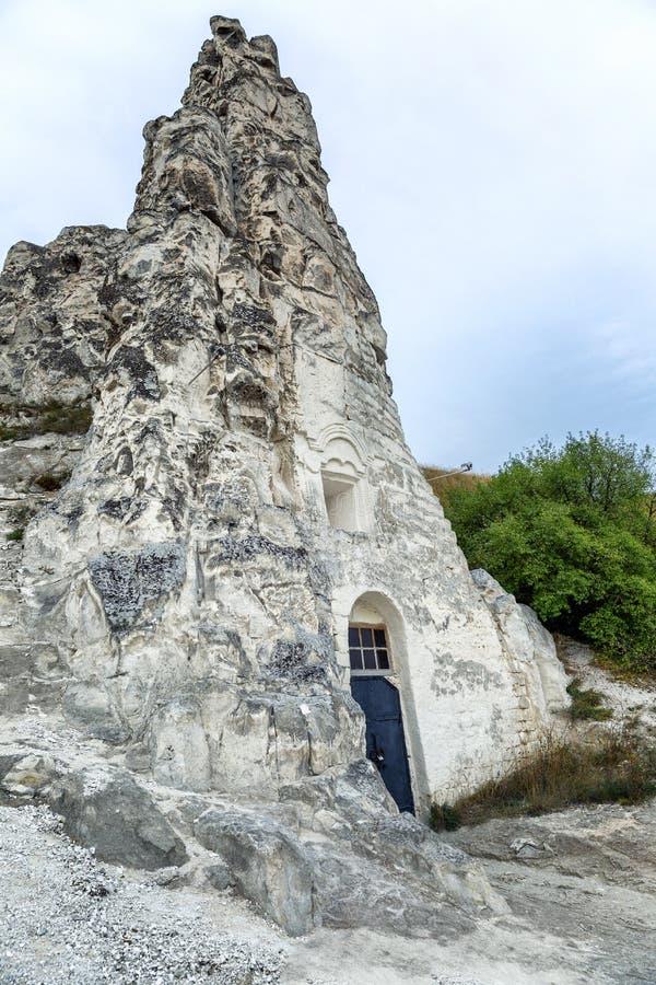 Templo hermoso en la roca de la tiza Gran visi?n imagenes de archivo