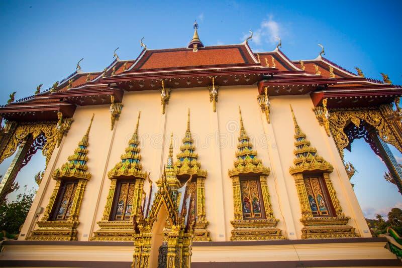 Templo hermoso isométrico en Tailandia en la KOH imágenes de archivo libres de regalías