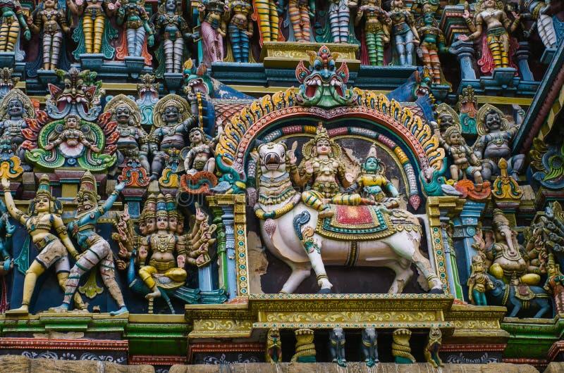 Templo hindú de Meenakshi en Madurai, foto de archivo