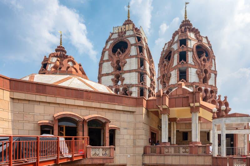 templo hindú ISKCON Delhi en Nueva Delhi, India imagenes de archivo
