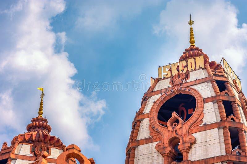 templo hindú ISKCON Delhi en Nueva Delhi, India imagen de archivo libre de regalías