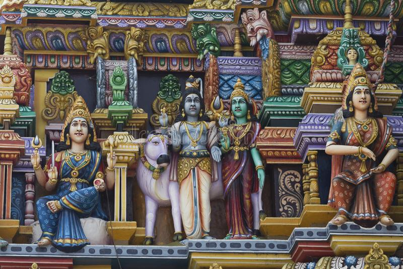 Templo hindu do kali das estátuas em Trincomalee, Sri Lanka fotos de stock royalty free