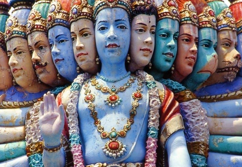 Templo Hindu, estátua múltipla da face, Singapore fotos de stock royalty free