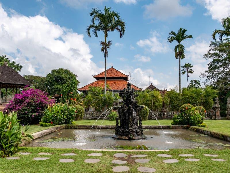 Templo hindu Pura Taman Ayun, Bali, Indonésia imagens de stock royalty free