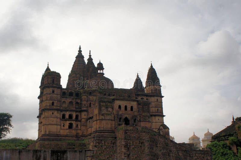 Templo hindu velho de Chaturbhuj, Orchha, Índia foto de stock royalty free