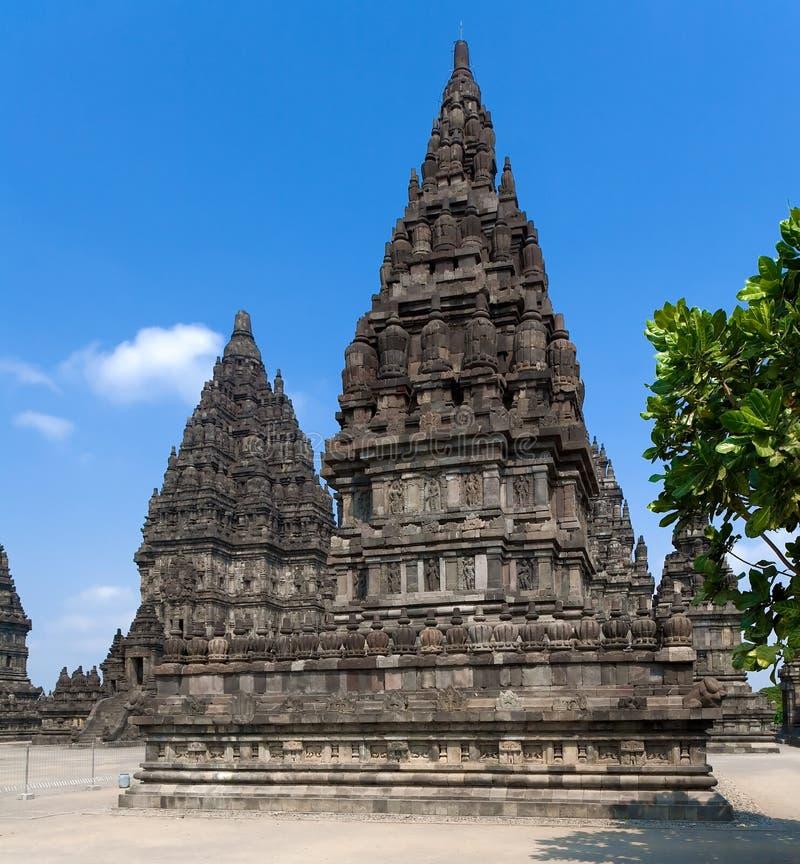Templo Hindu Yogyakarta Java de Prambanan, Indonésia imagens de stock royalty free