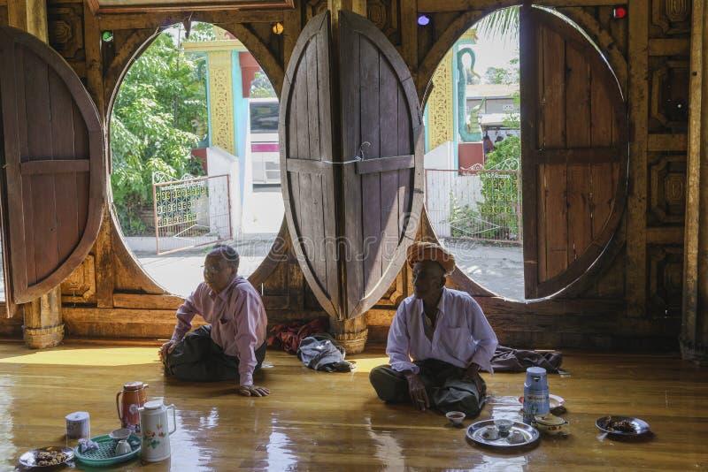 Templo interior de Nyan Shwe Kgua fotografía de archivo