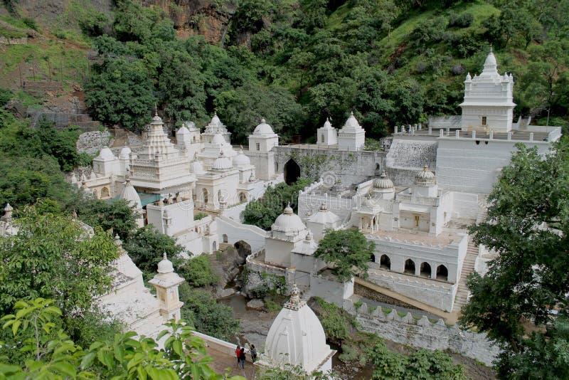 Templo Jain en la montaña foto de archivo