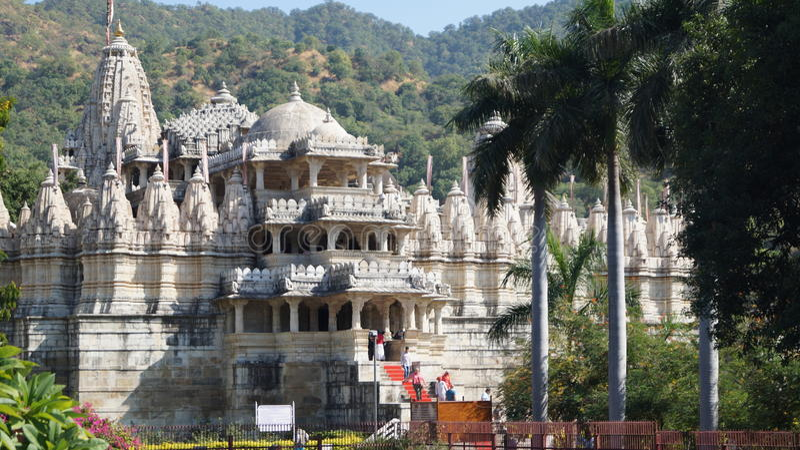 Templo Jain - Ranakpur imagen de archivo
