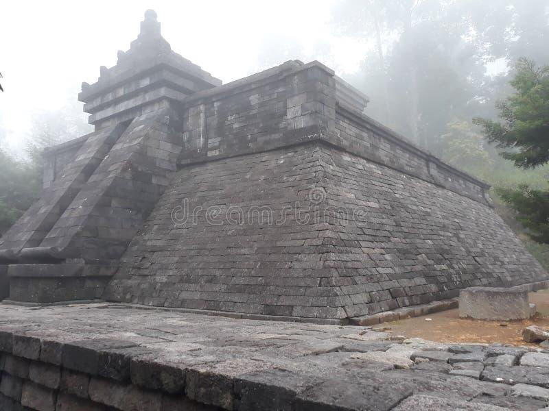 Templo Karanganyar Java Indonesia central de Cetho | Candi Cetho imagen de archivo